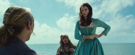 Henry, Carina und Jack im Boot