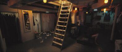 Killer clothes room
