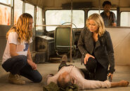 Fear-the-walking-dead-episode-215-madison-dickens-2-935