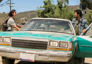 Fear-the-walking-dead-episode-210-travis-curtis-935