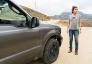 Fear-the-walking-dead-episode-212-ofelia-mason-2-935