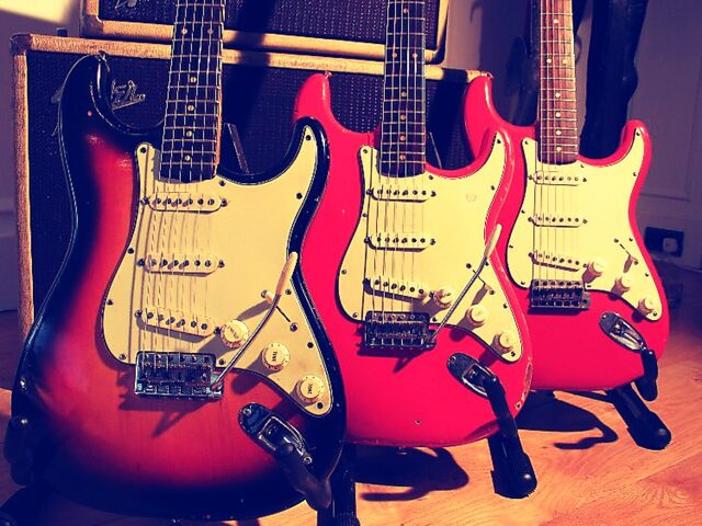 File:Stratocasters.jpg