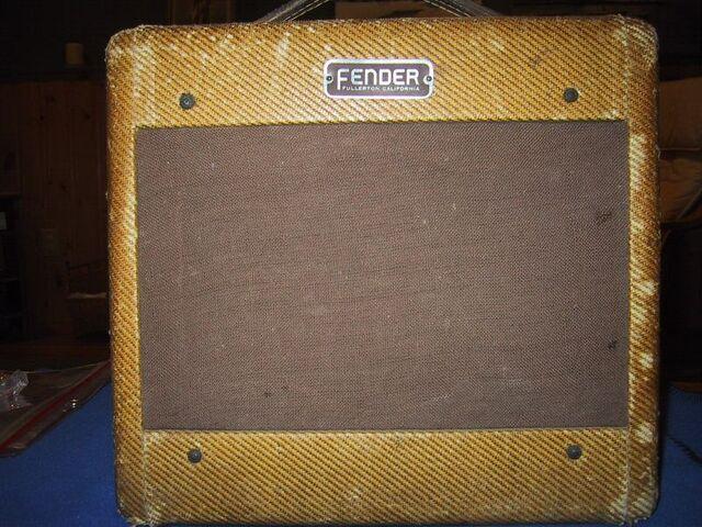 File:1953 Fender Champ model 5C1.jpg