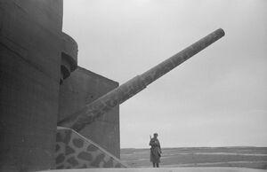 40.6 cm Schnelladekanone
