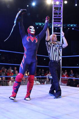 Slade Wins Title