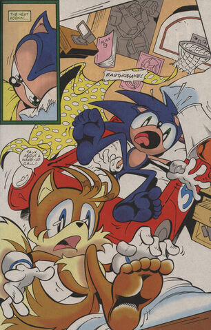 File:Miles Sonic feet.jpg