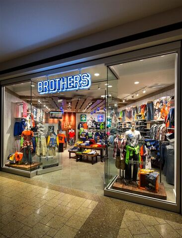 File:Brothers store front.jpg