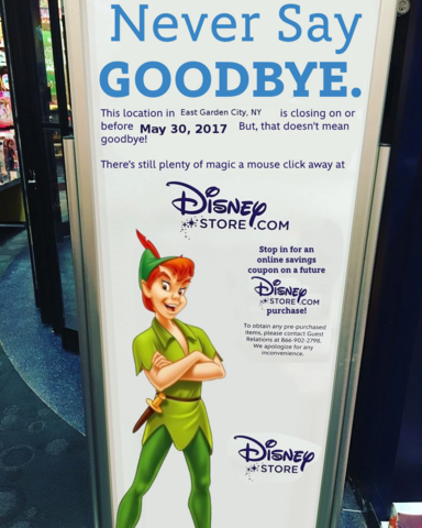 File:East Garden City, NY Disney Store closing sign.png