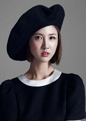 Lee Soo Kyung00