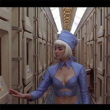 1b3506b31ce1a7813cc7b5b7c52ba766--luc-besson-the-fifth-element