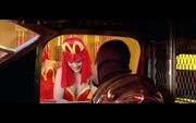 The-Fifth-Element-1997-McDonald's-Movie-Product-Placement-2
