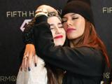 Lauren-Dinah Relationship