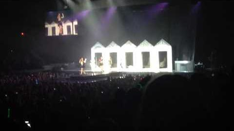 Miss Movin On-Fifth Harmony (Rosemont)