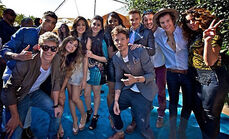 One direction and fifth harmony at the teen choice awards 2013 !!!