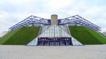 1200px-Palais Omnisports de Paris-Bercy 2009