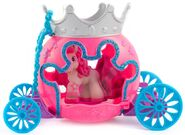 SnowPrincess-in-Royale-Carriage