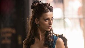 AngelaSarafyan Westworld