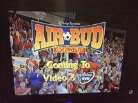 Video trailer Air Bud World Pup