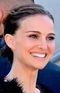 384px-Natalie Portman Cannes 2015 5 (cropped)