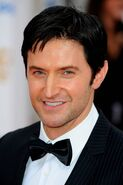 Richard-Armitage-BAFTA-2010-richard-armitage-33155552-2661-40001