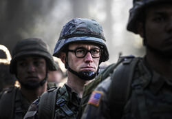 Moviepedia Snowden-2015 fist look 001