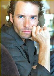 220px-Guy pearce 05