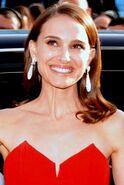 Natalie Portman Cannes 2015 (cropped)