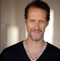 ChristopherHeyerdahl 001