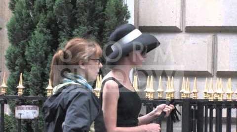 "Jayma Mays shooting ""The Smurfs"" movie in Paris"