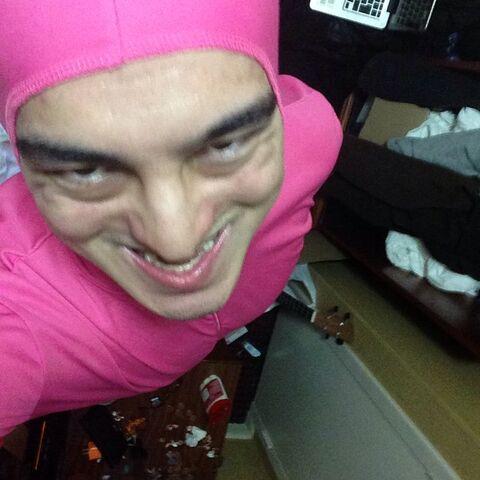 File:@papafranku - Pink Guy (Dec 5, 2014).jpg