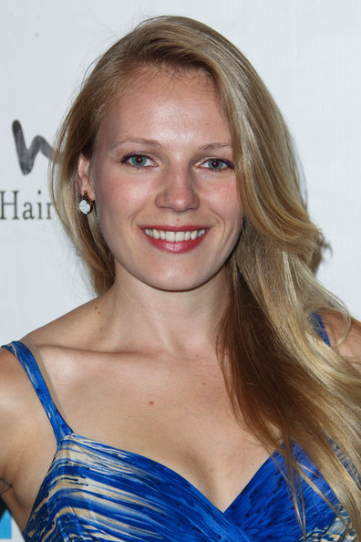 Emma Bell laurie holden