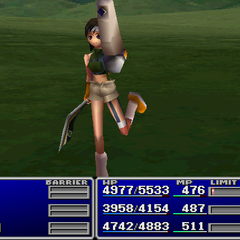 Yuffie using an item on an ally.