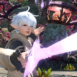 Alisaie with her Red Mage rapier.