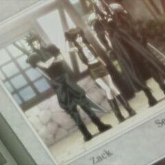 Фотография, сделанная горожанином в <i>Last Order -Final Fantasy VII-</i>.