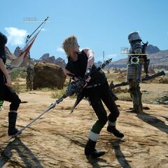 Link-strike with Prompto.