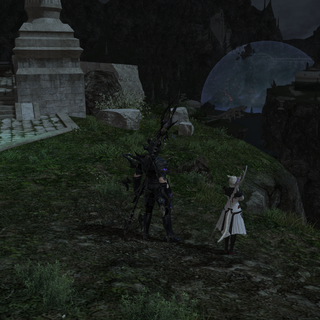 The Warrior of Light and Y'shtola observe Alexander from Idyllshire shortly after summoning.