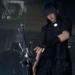 Ноктис берет Отцовский меч.