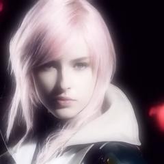 Актриса, играющая Латйнинг в рекламном ролике <i>Lightning Returns</i>.