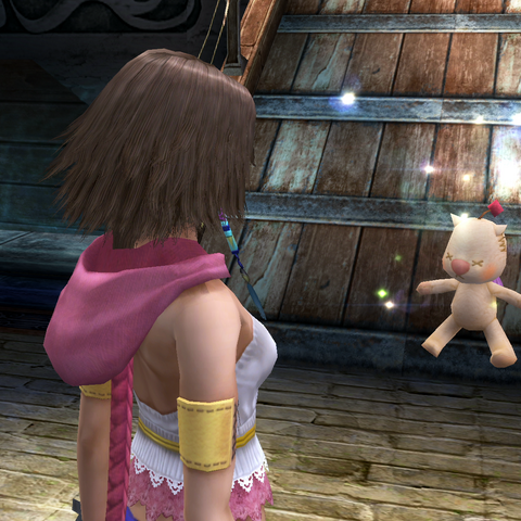 Yuna sees a moogle at Luca dock.