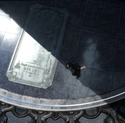 Public-Monument-to-Regis-FFXV