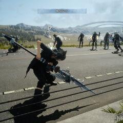 Noctis prestes a usar o seu ataque especial Thrust Spiral.