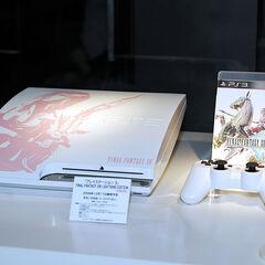 Специальное издание PS3 на тему <i>Final Fantasy XIII</i>.