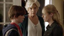 2x01 58 Grant, Joan, Taylor