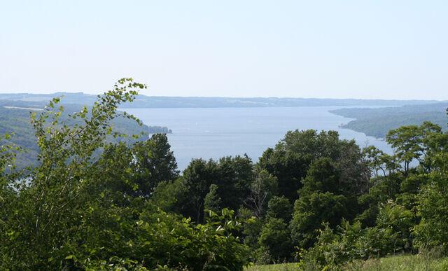 File:Skaneateles Lake, New York panoramic.jpg