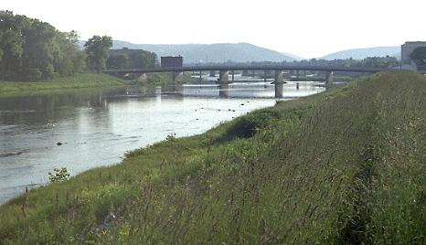 File:Chemung River in Elmira, New York.jpg