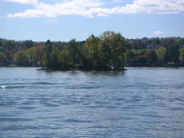 File:Squaw island Canandaigua Lake.jpg