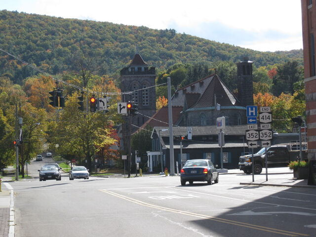 File:Route 414 at its southern terminus in Corning, New York route 352 junction.jpg