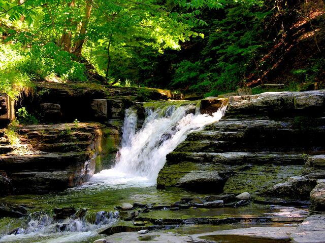 File:Stony Brook State Park waterfalls.jpg