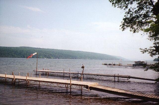 File:Keuka lake wikipedia.jpg