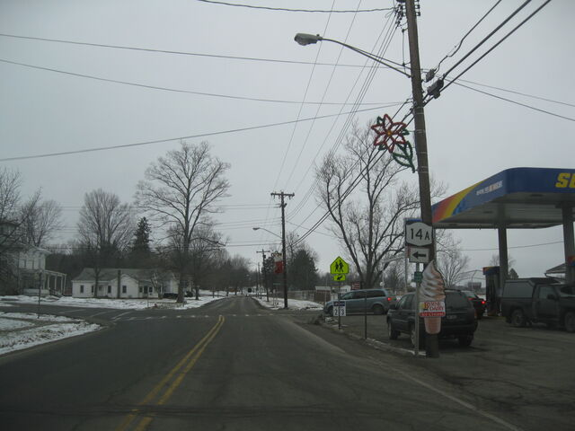 File:Route 14a in Dundee.jpg